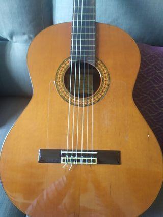 guitarra Alhambra 4p 1980