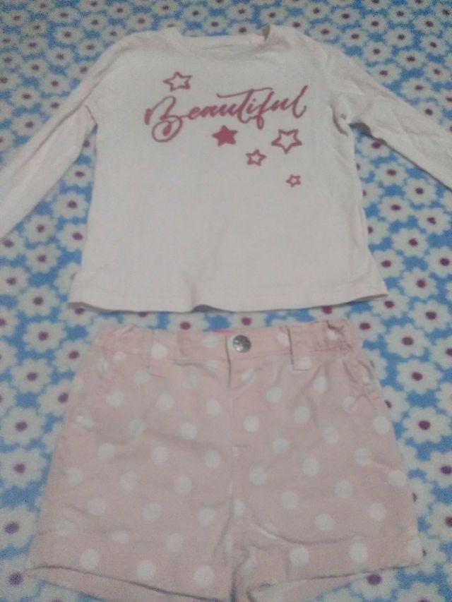 camiseta de manguita larga y short de niña