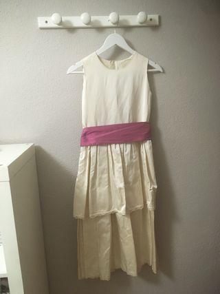 Vestido de niña color crema