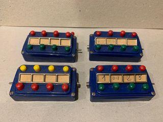 MARKLIN 4 PUPITRES REF. 7072 Y 7210