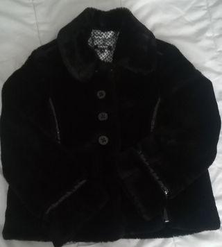 Chaqueta pelo negra DKNY Talla 10