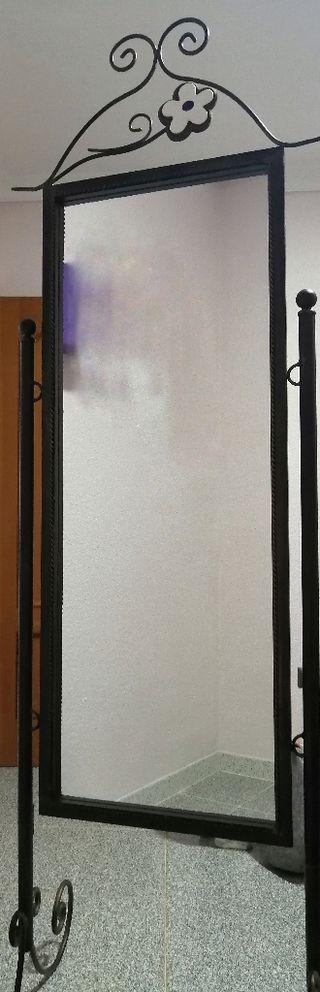 Juego de espejo vestidor y cabecero