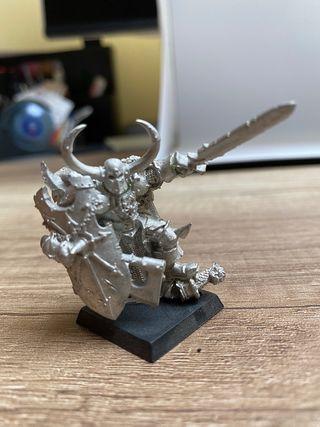 Héroes Warhammer Krom, 2 paladines y Elfo oscuro