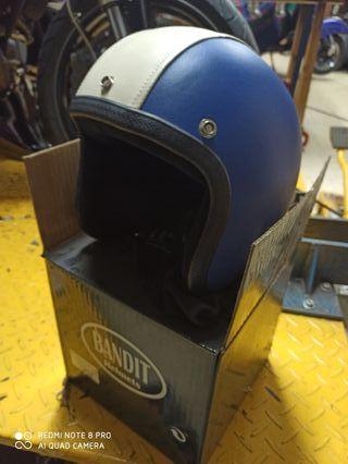 casco bandit cuero