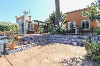 Villa en venta en San Pedro de Alcántara pueblo en Marbella