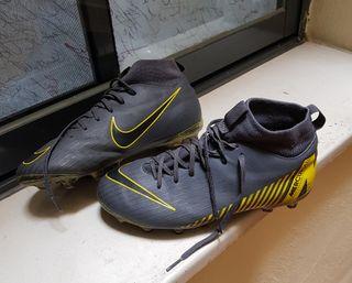 zapatillas fútbol con tacos Nike MERCURIAL