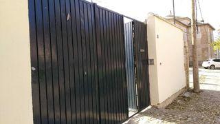 Puerta exterior metálica dos piezas metal