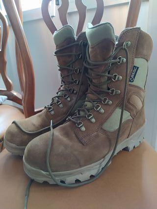 botas áridas militares goretex del 45