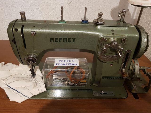 Maquina de coser Refrey modelo 430 de segunda mano por 90