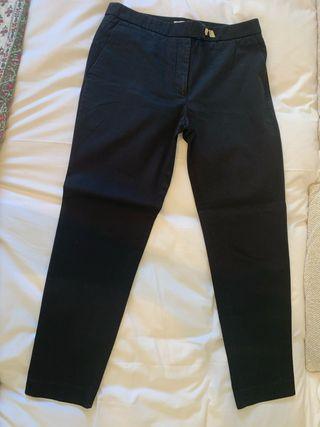 Pantalón negro marca Sandro