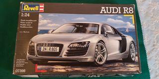 Maqueta 1:24 Coche Audi R8 Revell