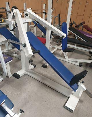 maquinas de gimnasio palanca y placas