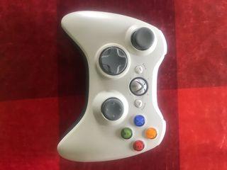 Mando Xbox 360 apenas usado