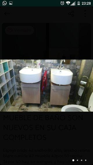 mueble de baño lavabo y espejo