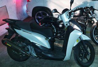 Honda SH300i sport