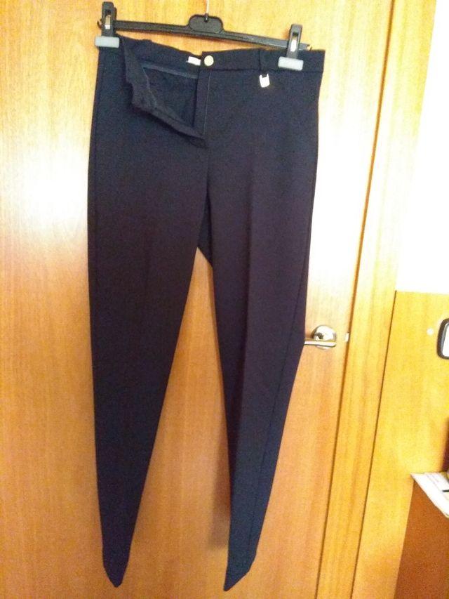 Pantalon Azul Marino Mujer Yera De Segunda Mano Por 15 En Sant Feliu De Llobregat En Wallapop