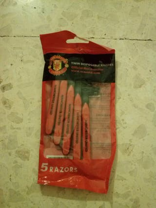Twin Disposable 5 razors Manchester United