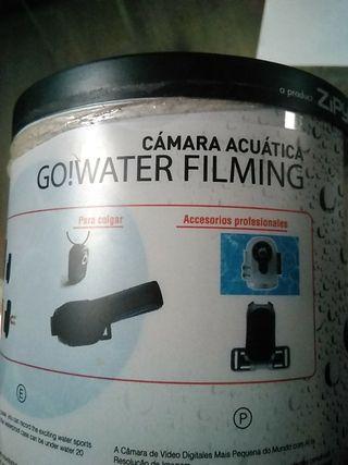 cámara subacuática