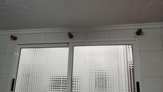 Soportes y palo cortina 180cm