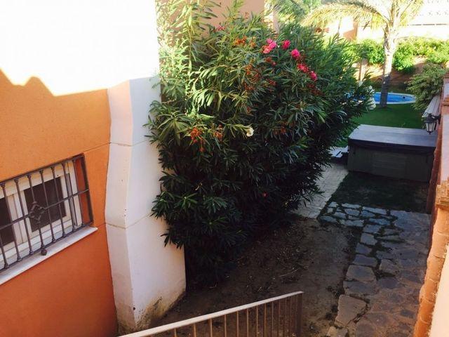 Adosada a 200m de la playa con piscina (La Gaspara, Málaga)