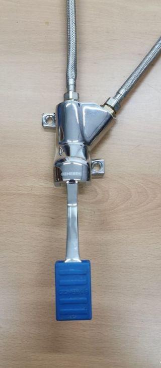 Grifo 1 pedal 2 agujas Genebre