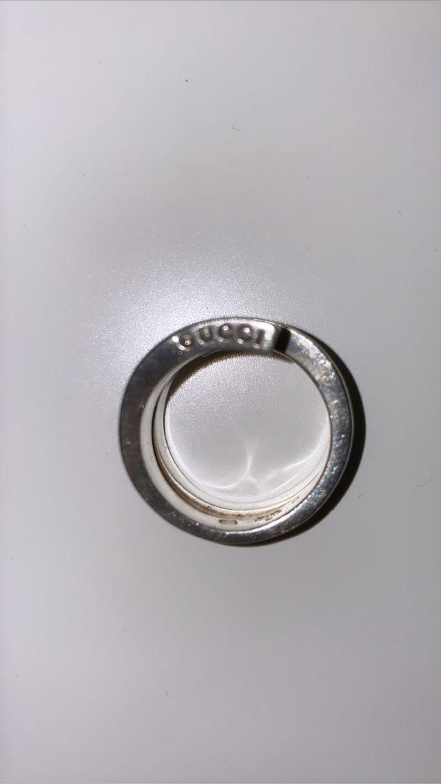 Gucci ring