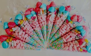 Sweet cones/party favours