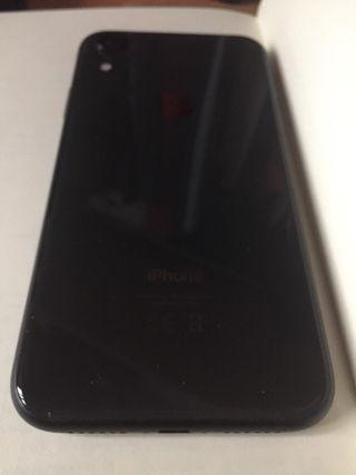 Iphone XR 64 GB Black con fundas de regalo