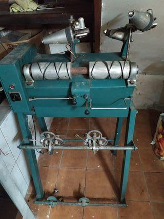 Maquina de Bobinar/ Enconadora/ Devanadora