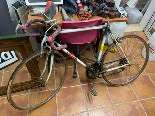 Bicicleta de carrera Orbea ( antigua)