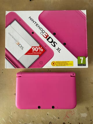 Nintendo 3DS XL Semi-Nueva Con Tarjeta de Juegos