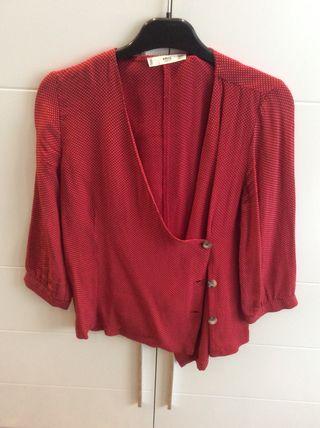 Camisa roja de topitos manga 3/4 MANGO