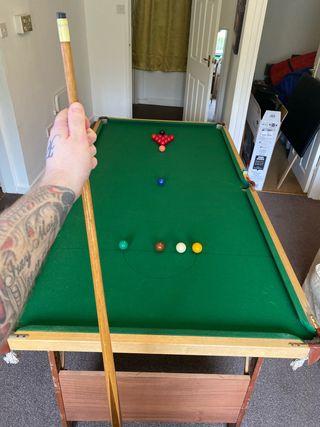 6ft snooker table and balls and pool balls