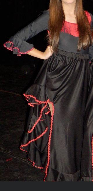 Falda y body flamenca sevillana