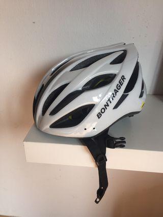 Casco de bicicleta nuevo para mujer