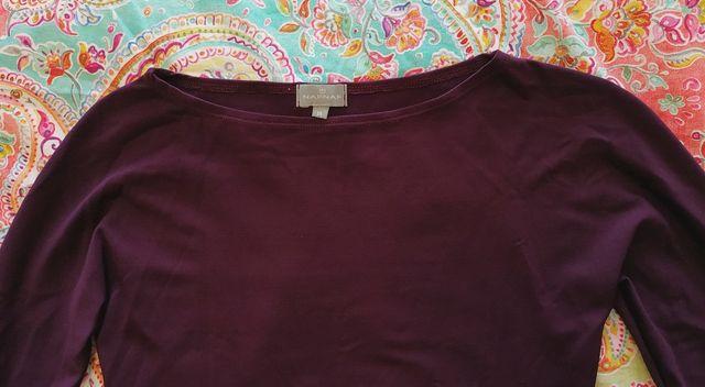Camiseta elástica color berenjena, de NAF NAF