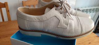 Zapatos comunión o seminuevo. Maria Catalan