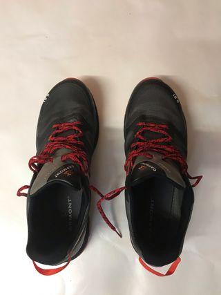 Zapatillas para trekking de segunda mano en Valencia en WALLAPOP