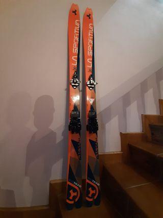 Equipo esquí de travesía