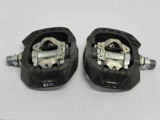 Pedales automáticos Shimano DX M647