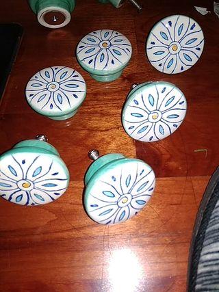 pomos de ceramica