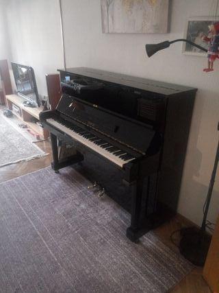 piano acustico Maeari Samick
