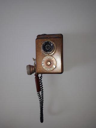 teléfono antiguo pared vintage
