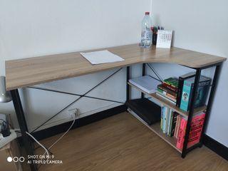 Bureau station de travail