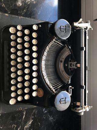 Maquina escribir Antigua Underwood