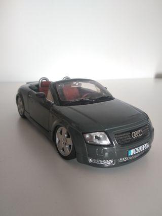 Audi TT (1/24)