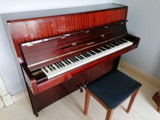 Piano acustico YAMAHA