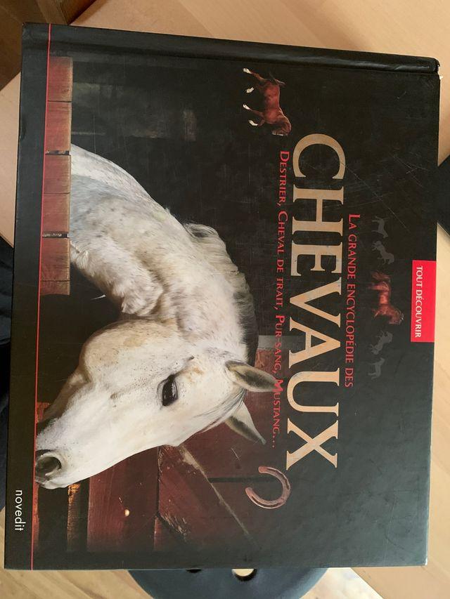 L encyclopédie des chevaux