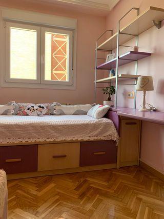 Dormitorio cama nido modular.