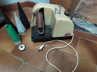 Enconadora/ bobinadora de hilo